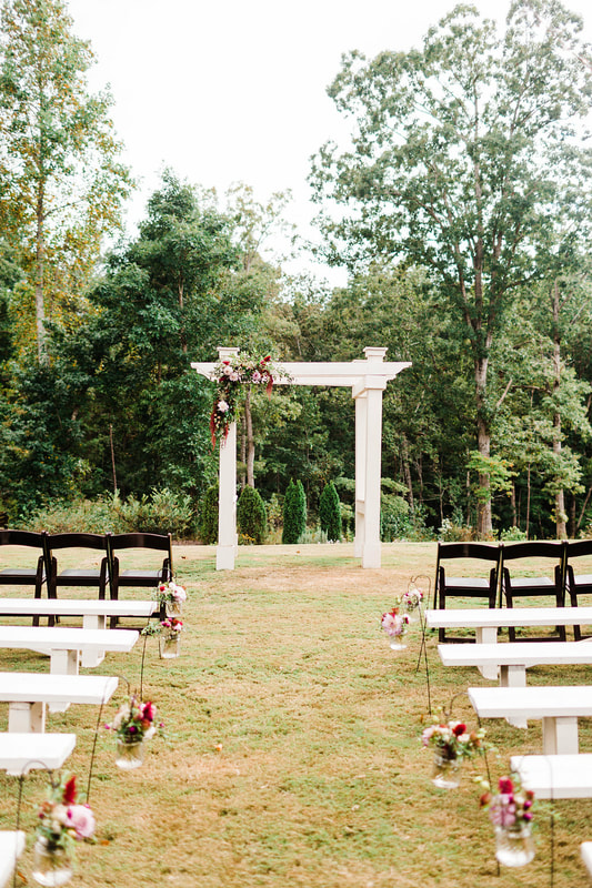 Outdoor wedding ceremony in North GA