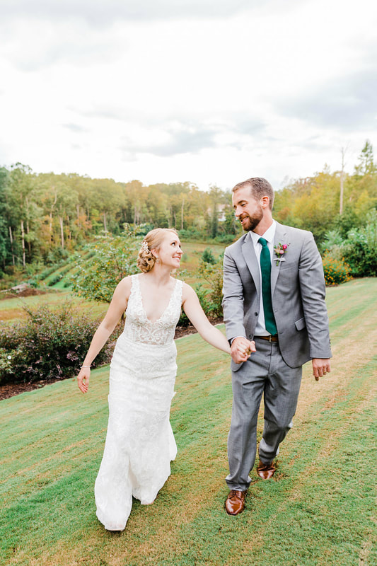 Newlywed photo ideas near Sandy Springs, GA